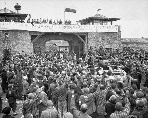 Befreiung von Mauthausen. Bis zum 5. Mai 1945 starben im größten NS-Konzentrationslager auf dem Gebiet Österreichs mehr als 100.000 Menschen. Foto: USHMM