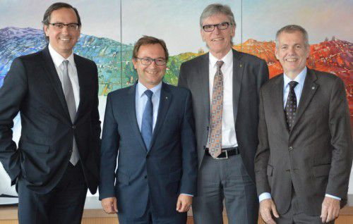 Das bestätigte Präsidium (v.l.): Michael Grahammer, Werner Böhler, Spartenobmann Wilfried Hopfner und Robert Sturn  Foto: WKV