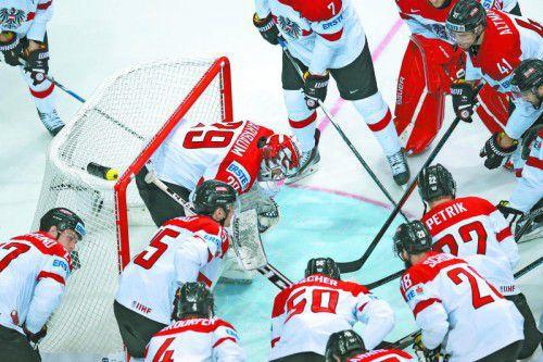 Das Resultat stimmte beim Eishockey-Nationalteam nicht, dafür aber Teamgeist und Leidenschaft. Foto: gepa