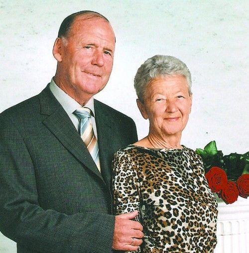 Ein gewohntes Bild in Bregenz sind Anny und Johann Franz, wenn sie Hand in Hand durch die Stadt spazieren.  Fotos: Privat