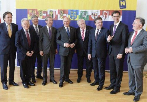 Die neun Landeshauptleute trafen sich am Mittwoch zum Gespräch in St. Pölten. FOTO: APA