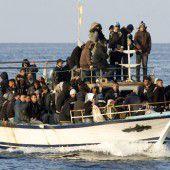 EU rüstet sich für den Einsatz gegen Schlepper