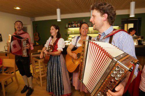 """Eine Art """"Lange Nacht der Musik"""" wurde in den Wirtshäusern Goldener Adler, Bergfrieden und s'Bartle gefeiert. Foto: L. Berchtold"""