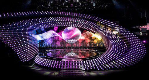 Es fehlen nur noch die Künstler, die Song-Contest-Bühne mit einer Breite von 44 Metern steht.