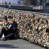 Paris entfernt Liebesschlösser
