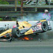 Hinchcliffe nach Indy-Unfall auf der Intensivstation