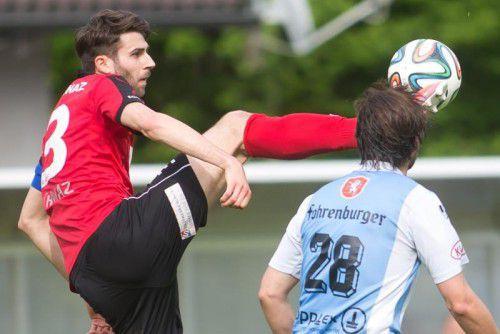Hard spielte, der SC Schwaz gewann. Die Schnellrieder-Elf vergab zu viele Chancen gegen die Tiroler. Foto: steurer