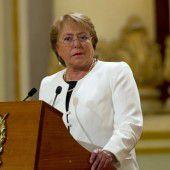 Chiles Kabinett zum Rücktritt aufgefordert
