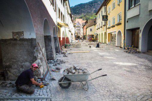 In die Kanalarbeiten in der Innenstadt werden bis 2017 rund fünf Millionen Euro investiert.  Foto: mk
