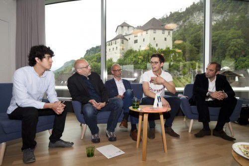 Juan Carlos Diaz, Folkert Uhde, Hans-Joachim Gögl, Quirin Mühlberger und Edgar Eller.  Foto: Dietmar Mathis