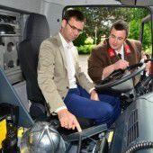 Neues Tanklöschfahrzeug an die Frastanzer Feuerwehr übergeben