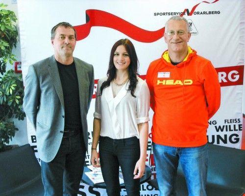 Landesverbandspräsident Emanuel Schinnerl, Kaderathletin Desiree Klinger und der neue Judo-Landestrainer Holger Scheele (v. l.). privat