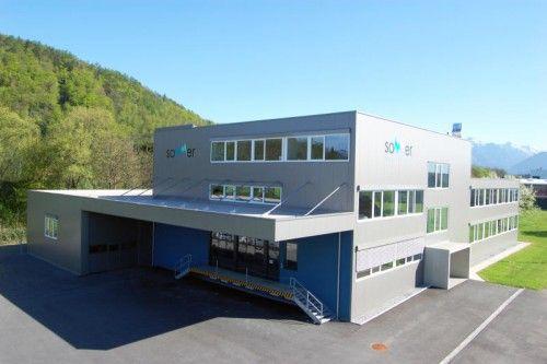 Mit dem neuen Produktionsgebäude hat Sommer Messtechnik die Nutzfläche verdreifacht. Foto: Sommer