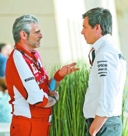 Motordiskussion: Ferraris Maurizio Arrivabene und Toto Wolff. ap