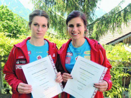 Neue staatlich geprüfte Instruktorinnen: Katrin (l.) und Melina Heinzelmaier. Foto: privat