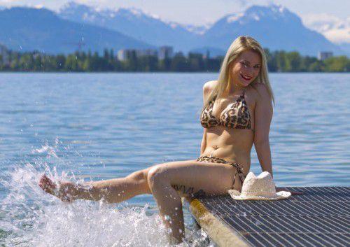 Nicht nur Eva findet den Bodensee wunderbar.  Foto: VN/Paulitsch