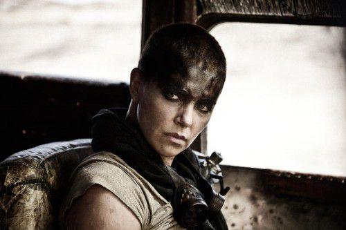 """US-Schauspielerin Charlize Theron gibt in """"Mad Max: Fury Road"""" die rachebeseelte Furiosa.  Foto: AP"""