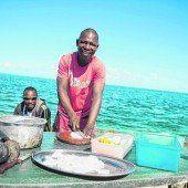 Fischgerichte  am Strand
