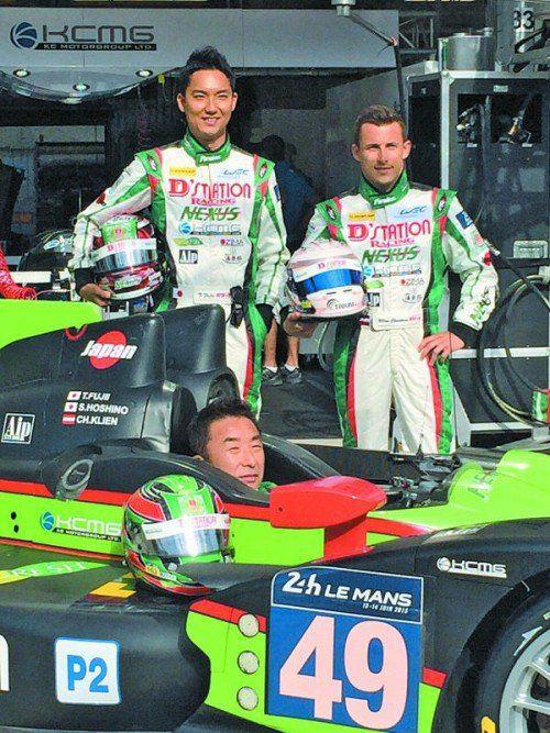 Das erste Le-Mans-Reserveteam mit Christian Klien (r.) und den beiden Japanern Hoshino (im Auto) und Fujii. Foto: jk