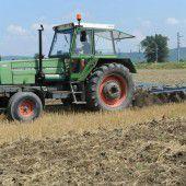 Traktor überrollt Dreijährigen