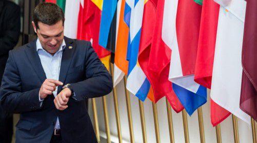 Die Uhr tickt. Die EU hat Griechenlands Premier Alexis Tsipras bis Donnerstag ein Ultimatum gestellt. FOTO: AP