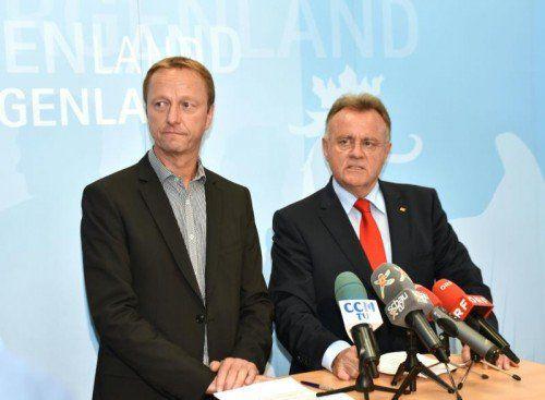 FPÖ-Landesparteiobmann Johann Tschürtz (l.) und Landeshauptmann Hans Niessl (SPÖ) am Mittwochabend.  Foto: APA