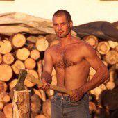 Holz im Keller gehackt: Krach wegen dem Lärm