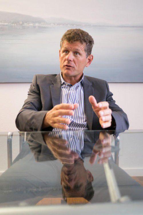 Horst Lumper, Bilder in seiner Kanzlei Horst Lumper, Bilder in seiner Kanzlei