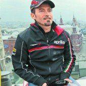 Rückkehr von Max Biaggi auf die Rennstrecke