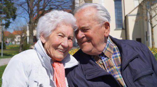Nach 60 Jahren Gemeinsamkeit genießt das Paar den Lebensabend. Fotos: Privat