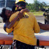 Mutter und Baby haben Flugzeugcrash überlebt