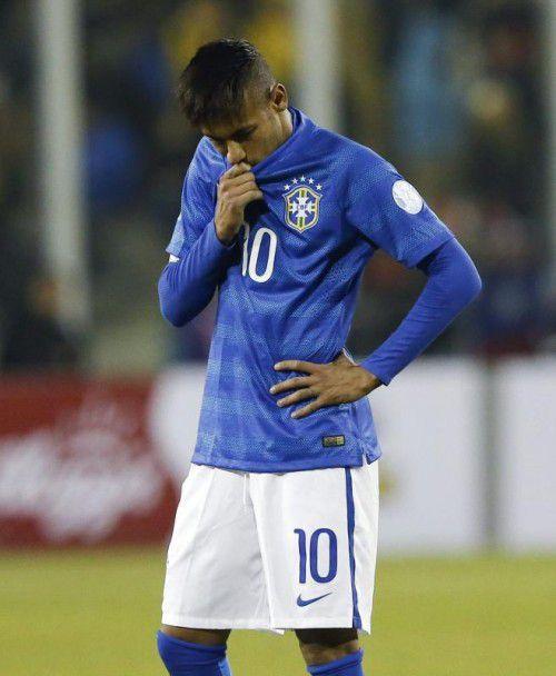 Neymar sah gegen Kolumbien nach Spielende Rot. Foto: epa