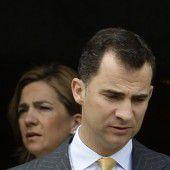 König Felipe erkennt Schwester Titel ab