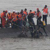 Hunderte Vermisste nach Schiffsunglück