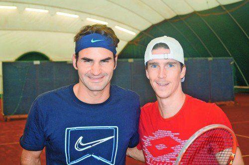 Training mit dem Besten: Martin Fischer und Roger Federer. Privat