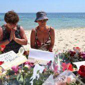 Viele Urlauber verlassen nun aus Angst Tunesien