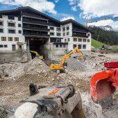 Luxushotel in Lech baut aus
