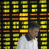 Chinas Aktienmärkte im freien Fall nach unten