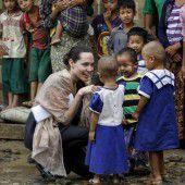 Jolie besucht Myanmar