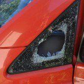 Fahrzeuge auf Parkplätzen aufgebrochen