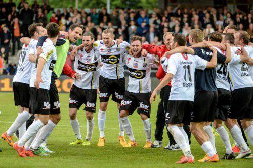 Der Jubel um die Altacher Mannschaft aus der Vorsaison ist allen Fans noch in bester Erinnerung.