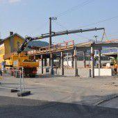 Am Bahnhof Rankweil wird tüchtig gebaut