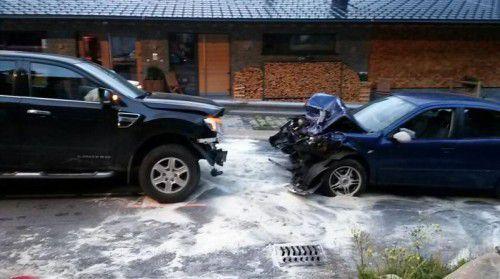 Der Unfall ereignete sich vor dem Hotel Plattenhof an einer unübersichtlichen Stelle. Es entstand erheblicher Sachschaden.