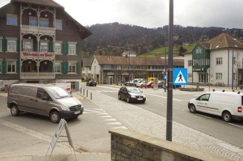Der Verkehr ist in Alberschwende seit Jahrzehten Thema. In den 1980er-Jahren wurden erste Umfahrungsvariaten vorgestellt und diskutiert. VN