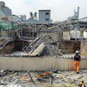 Explosion in Chemie-Fabrik