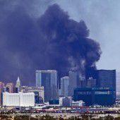 Schwarzer Rauch auf Las-Vegas-Strip