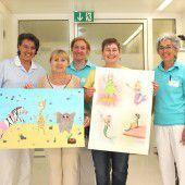 Jugendliche malen für Kinderstation