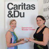 Smartphone-Spende für die Caritas