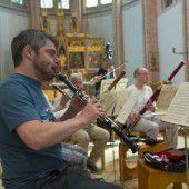Für die Gran Partita von Mozart formieren sich Solisten der Wiener Symphoniker in der Herz-Jesu-Kirche
