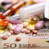 Arzneimittel-Kosten im politischen Kreuzfeuer